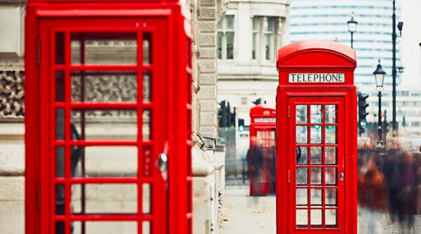 Foto delle iconiche cabine telefoniche di Londra